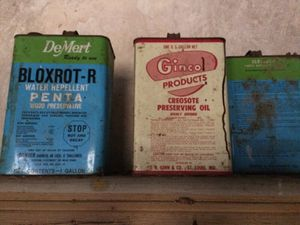 Rare vintage oil cans for Sale in Saint Louis, MO
