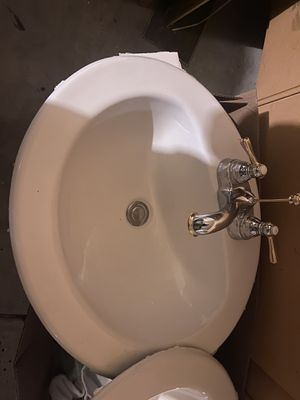 2 pairs of sink and faucet sets. for Sale in Fresno, CA
