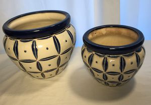 2 navy blue and cream ceramic plant pots for Sale in Greenville, SC
