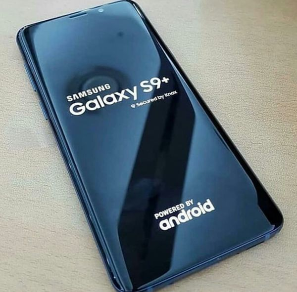 Samsung Galaxy S9 Plus , UNLOCKED . Excellent Condition ( as like New)