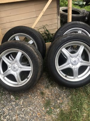 "17"" five lug universal tires & rims for Sale in Rocky Mount, VA"