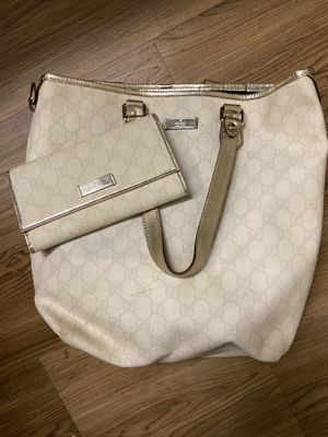 Authentic Gucci Joy Medium tote & wallet for Sale in Los Angeles, CA