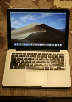 "Apple MacBook Pro 13"" 2.5GHz i5 4GB RAM! 500GB! with charger for Sale in Osceola, IN"