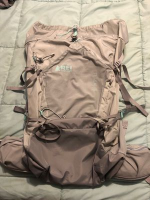 REI Flash 45 Women's hiking backpack for Sale in Fresno, CA