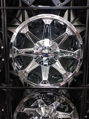 """20"""" Onyx Chrome Wheel Package $0 Down! for Sale in Sterling Heights, MI"""