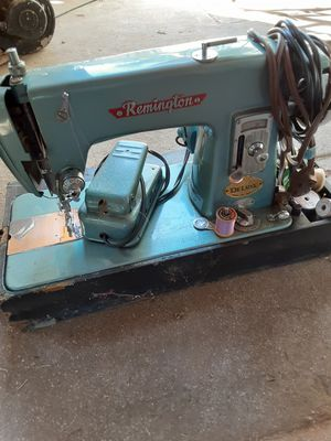 Remington deluxe sewing machine for Sale in San Bernardino, CA