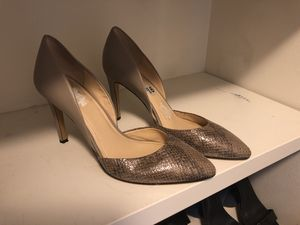 Heels size 9 1/2 for Sale in Greater Carrollwood, FL