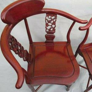 A vintage Chinese antique rosewood corner chair for Sale in Lake Elsinore, CA