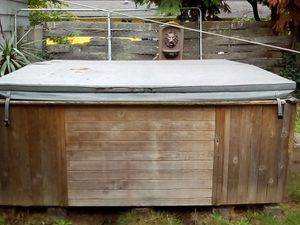 Hot tub for Sale in Tacoma, WA