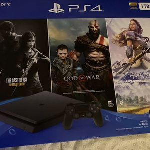 PS4 1tb Doesn't Come With Games for Sale in East Orange, NJ