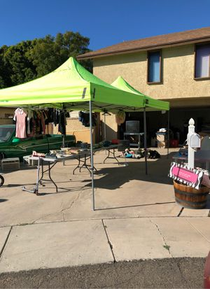 Household, books, appliances, clothing and more for Sale in Yuma, AZ