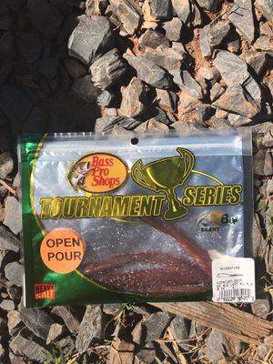"Bass pro shops tournament series 8 up scent mccreature 4"" 4 pack for Sale in Greensboro, NC"