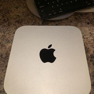 "Apple Mac Mini w/ 27"" Curved Samsung Monitor (Like New) for Sale in McDonough, GA"