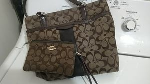Coach purse and wallet for Sale in Payson, AZ