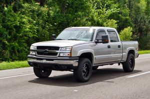 2004 Chevy Silverado 1500 for Sale in Miami, FL