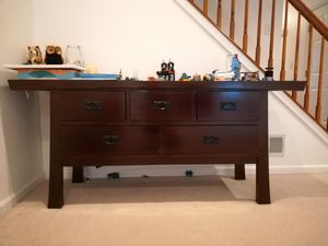 Console table for Sale in West Windsor Township, NJ