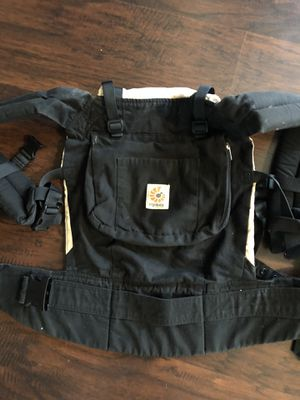 Ergo baby carrier for Sale in Irwin, PA