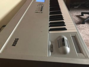 Korg Triton Pro X 88 key synthesizer for Sale in Long Beach, CA