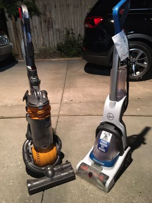 ONE DYSON BALL DC25 AND ONE HOOVER POWER DASH PET for Sale in Wahneta, FL