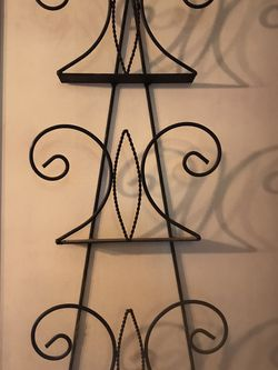 Black Wrought Iron Magazine Rack for Sale in San Diego,  CA