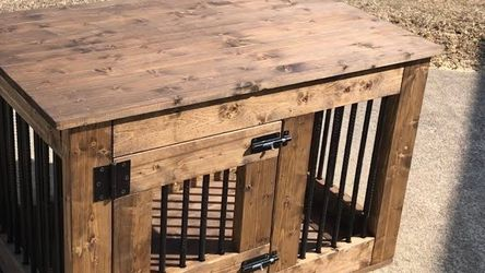 Farmhouse Rustic Dog Kennels &Tables for Sale in Selma,  CA