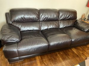 Leather sofa like new for Sale in Redwood City, CA