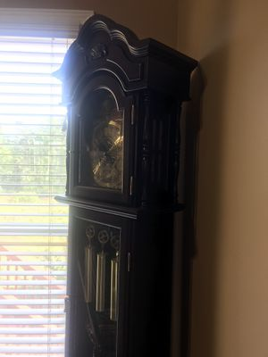 Grandfather Clock EXCELLENT CONDITION for Sale in Lilburn, GA