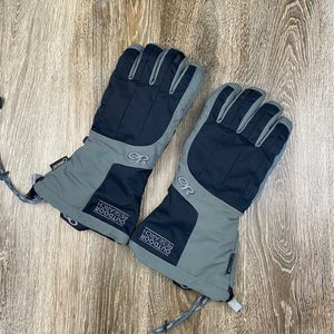 Like New* Outdoor Research Gore-Tex gloves* men's large* removable inner gloves for Sale in Sagle, ID