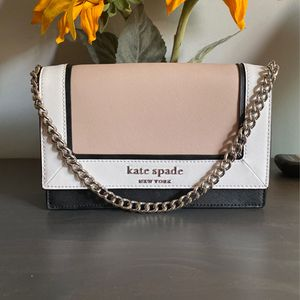 Kate Spade Hand Bag for Sale in Long Beach, CA