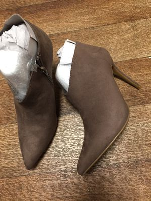 Brand new women boots size 9. Please only serious buyers for Sale in West Valley City, UT