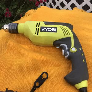 Ryobi 6.2 Amp Corded 5/8 in. Variable Speed Hammer drill for Sale in Bloomington, CA
