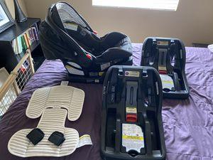 Graco Snugride Snuglock 35 infant car seat +3 bases for Sale in Phoenix, AZ