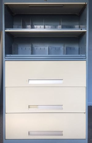 Five shelf file cabinet. for Sale in Addison, IL