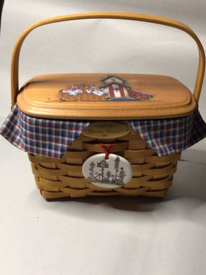 Longaberger Dresden 2002 Basket for Sale in Simpsonville, SC