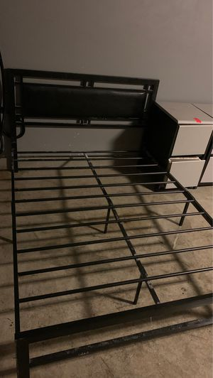 Full size bed frame for Sale in Norco, CA