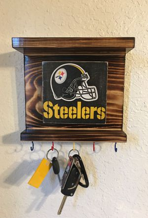 Pittsburgh Steelers wall decor key holder with shelves for Sale in El Paso, TX