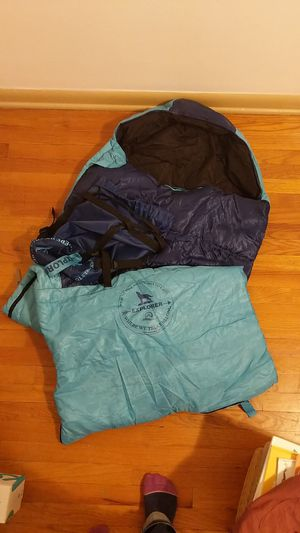 Warm Sleeping bag down to 30F for Sale in Denver, CO
