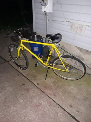 """Men's 26"""" Inch Schwinn Bicycle for Sale in Aurora, IL"""