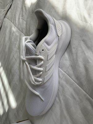 Adidas shoes 7/ 1/5 For women for Sale in Miami, FL