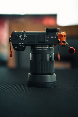 Sony a6400 and Sigma 30mm 1.4 for Sale in San Diego, CA