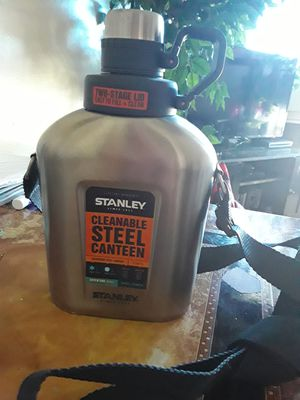 STANLEY BRAND. Cleanable water Bottle for Sale in Jacksonville, FL