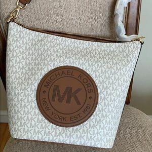 Michael Kors Fulton Sport Messenger Bag for Sale in Wilmington, OH