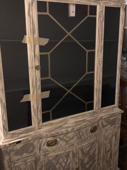 China Cabinet/jewelry Box for Sale in Cedar Park,  TX