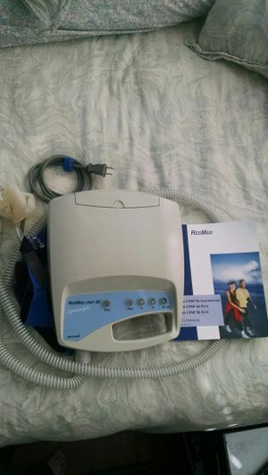 CPAP machine resmed S6 with all accessories for Sale in Greenwich, CT