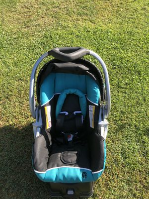 Baby tender infant car seat for Sale in Monrovia, CA