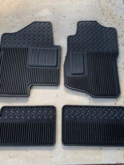 Chevy Silverado / GMC Sierra OEM Rubber Floor Mats for Sale in Cornelius,  NC