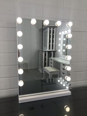 Vanity Mirror with Dimmer and USB Charging Ports for Sale in Las Vegas, NV