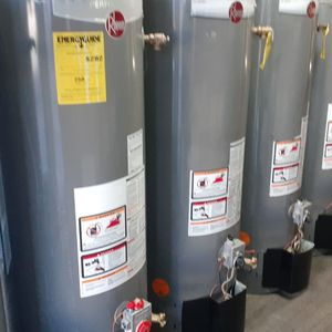 Water Heater Gris for Sale in Rialto, CA