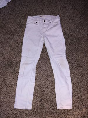 LEVIES SKINNY JEANS for Sale in Glen Burnie, MD