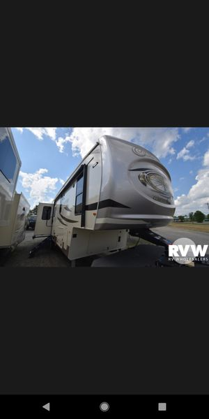 Campers and Rv hundreds in stock for Sale in Lakeview, OH
